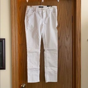 White slim ankle jeans size 4R
